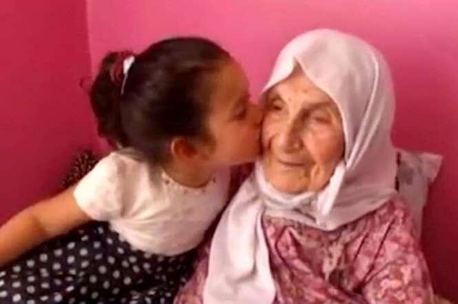 Idosa de 111 anos revela segredo de sua vida longa