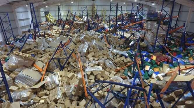 Funcionário de armazém fica enterrado durante oito horas sob 55.000 toneladas de queijo