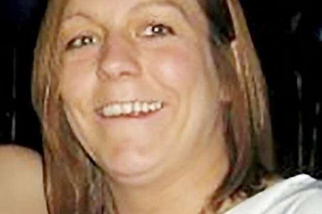 Mulher morre atropelada pelo próprio carro