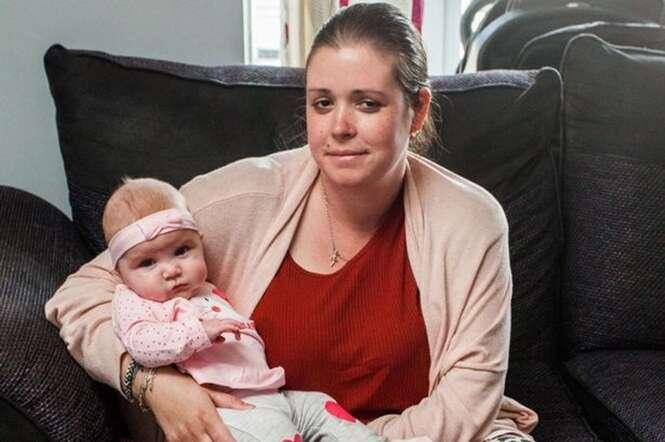 Mulher é internada para dar à luz, acorda após o parto e perceber que não tinha mais as pernas