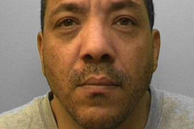 """Homem pega prisão perpétua após cartomante tirar """"carta da morte"""""""
