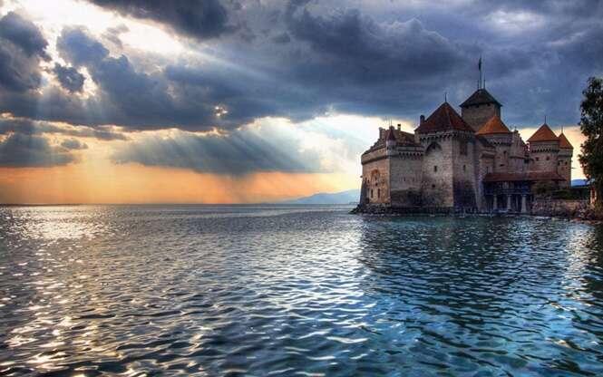 Fotos de castelos europeus que parecem de contos de fadas
