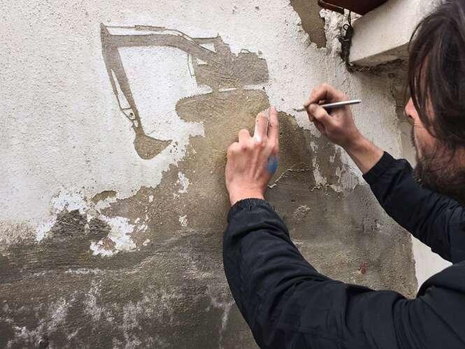 Artista descasca paredes para contar histórias de refugiados palestinos