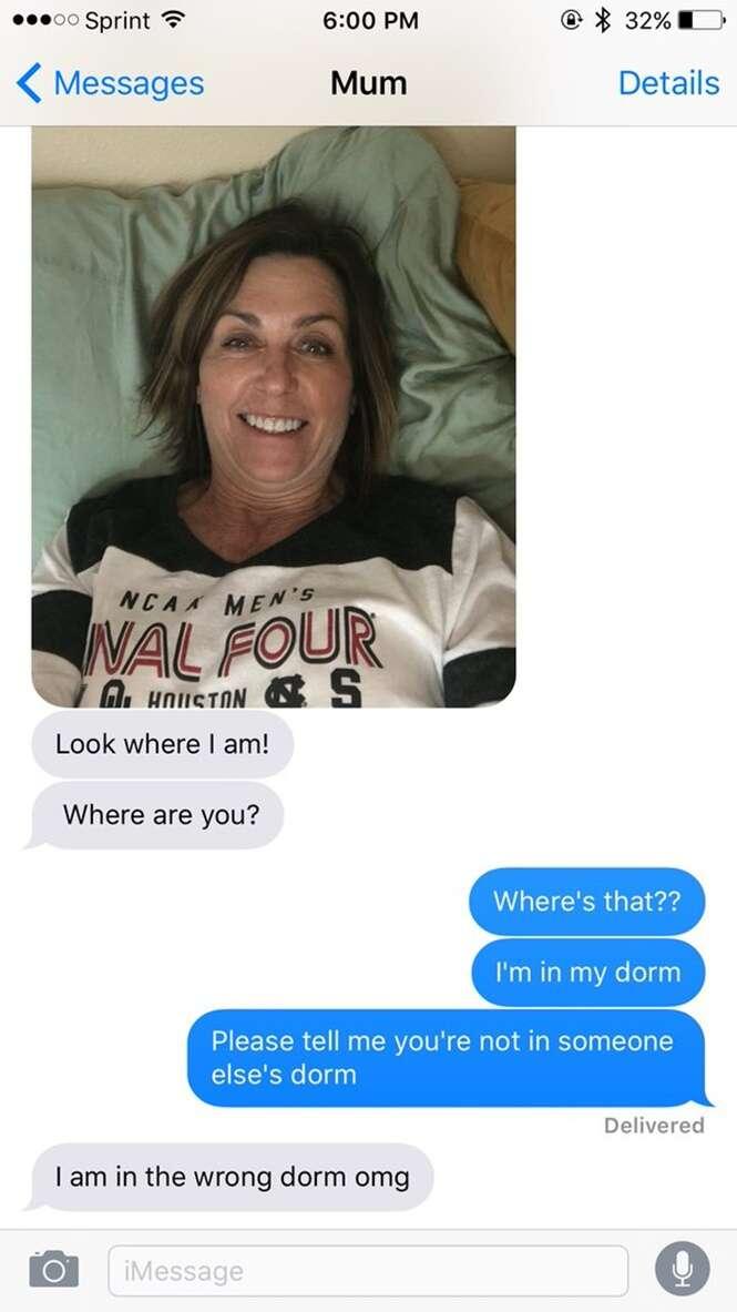 Mãe faz selfies no dormitório de universidade para surpreender filha com sua visita