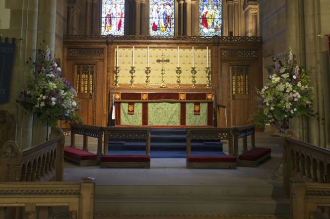 Ir à igreja diminui as chances de ter câncer