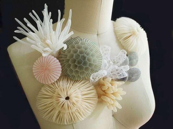 Japonês cria joias translúcidas se inspirando em elementos do fundo do mar