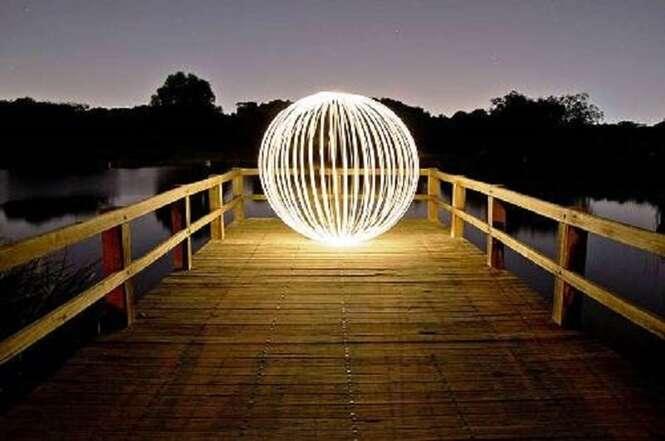 Peças de arte feitas com ajuda da luz