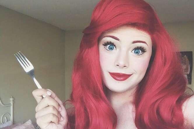 Homem vive se transformando em princesas da Disney graças a truque de maquiagem