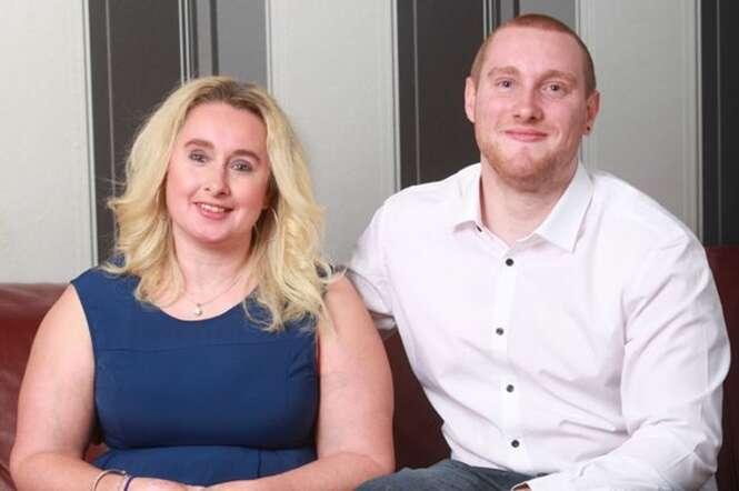 Homem reencontra mãe perdida há 13 anos e se apaixona por ela