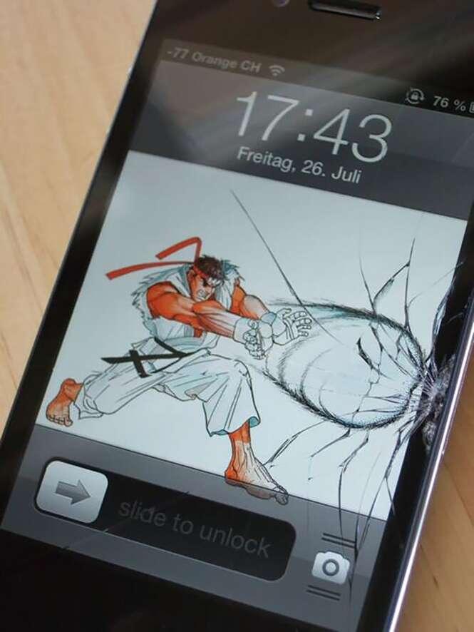 Planos de fundo criativos para smartphones com telas trincadas