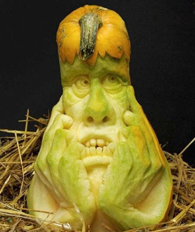 Esculturas incríveis e estranhas em abóboras