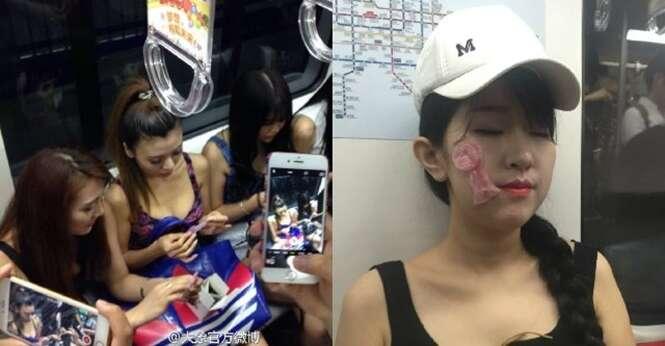 Modelos usam preservativos no rostos e corpo dentro de metrô