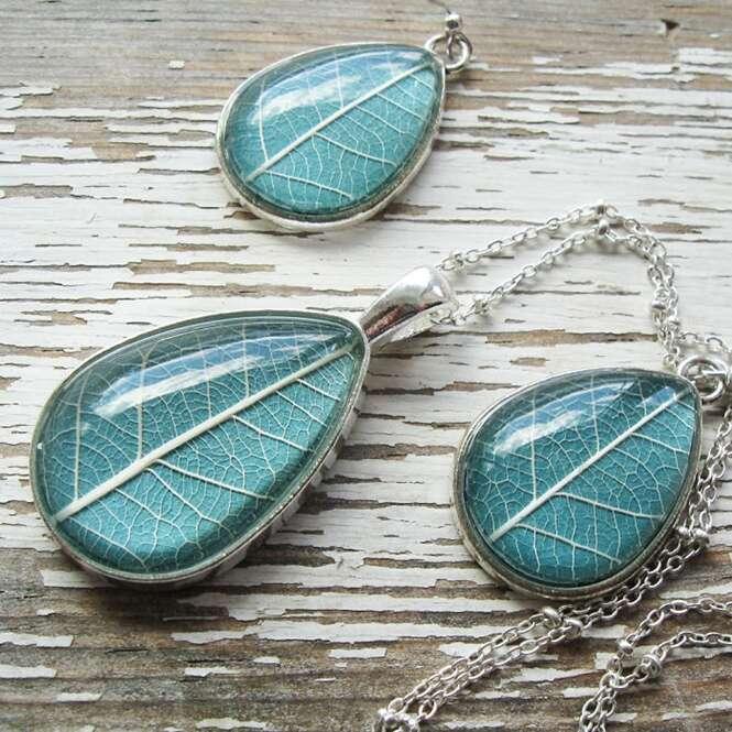 Artista cria joias diferentes inspiradas na botânica