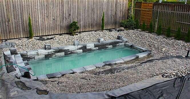 Família transforma seu quintal em uma piscina absurdamente incrível