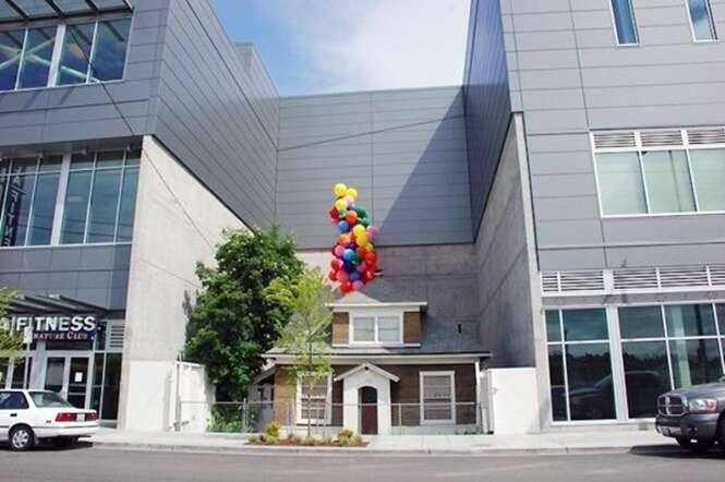 Idosa recusou 1 milhão de dólares por sua casa e forçou shopping a ser construído em volta da residência