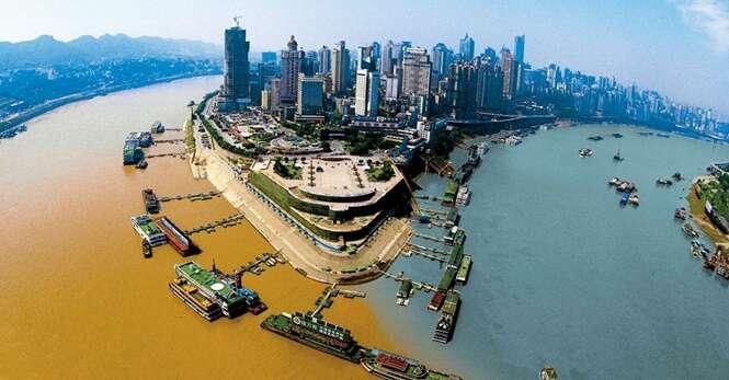 Lugares incríveis onde dois rios se encontram