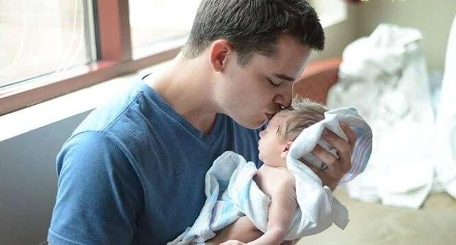 A reação de papais vendo pela primeira vez seus filhos recém-nascidos