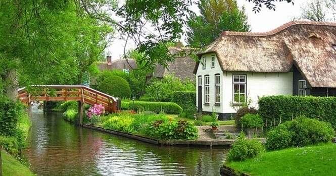 Conheça a linda aldeia na Holanda que não tem ruas, e sim rios