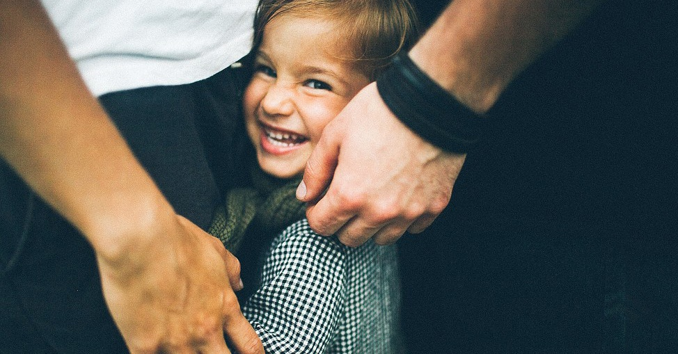 Uma maneira simples de ensinar seus filhos a nunca lhe interromperem
