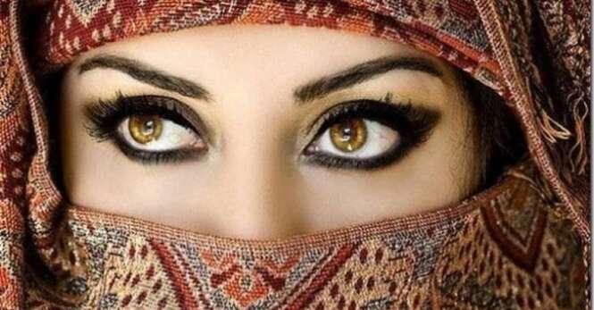 Maneiras de delinear seus olhos para cada ocasião