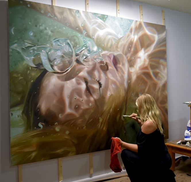 Artista cria pinturas subaquáticas extremamente realistas