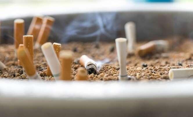 O tijolo feito de pontas de cigarro