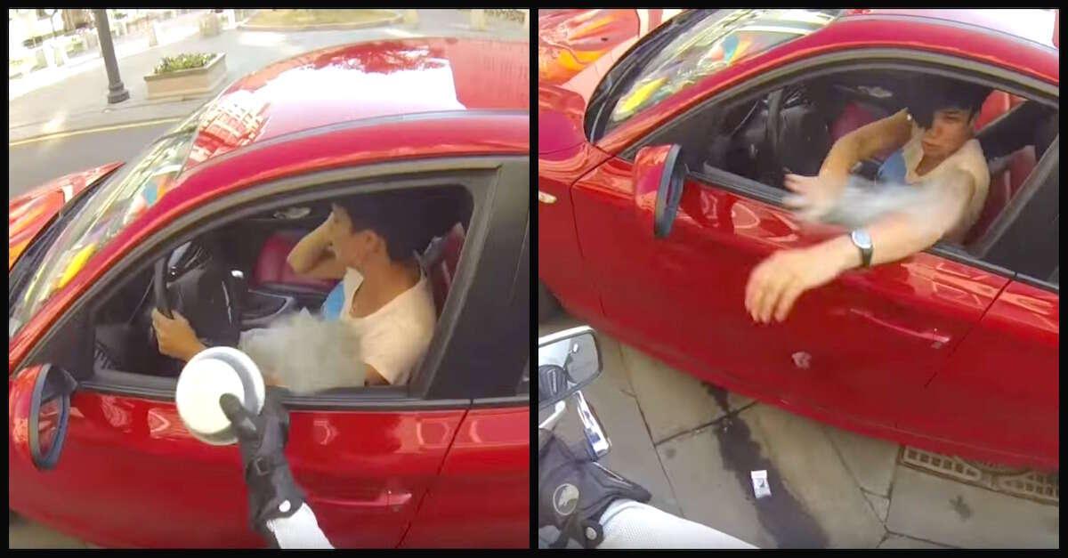Motorista joga lixo pela janela de carro... então motociclista lhe dá uma lição