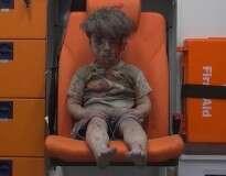 Menino de 6 anos envia carta a Obama pedindo para ser irmão deste garoto sírio