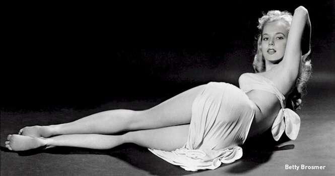 Esta modelo, dona de uma cintura finíssima, conquistou o mundo nos anos 50