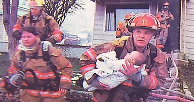 Este bombeiro salvou uma garotinha e isto foi o que ela fez em agradecimento 17 anos depois