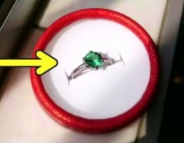 Estudante pobre dá luxuoso anel de presente para sua noiva sem gastar dinheiro