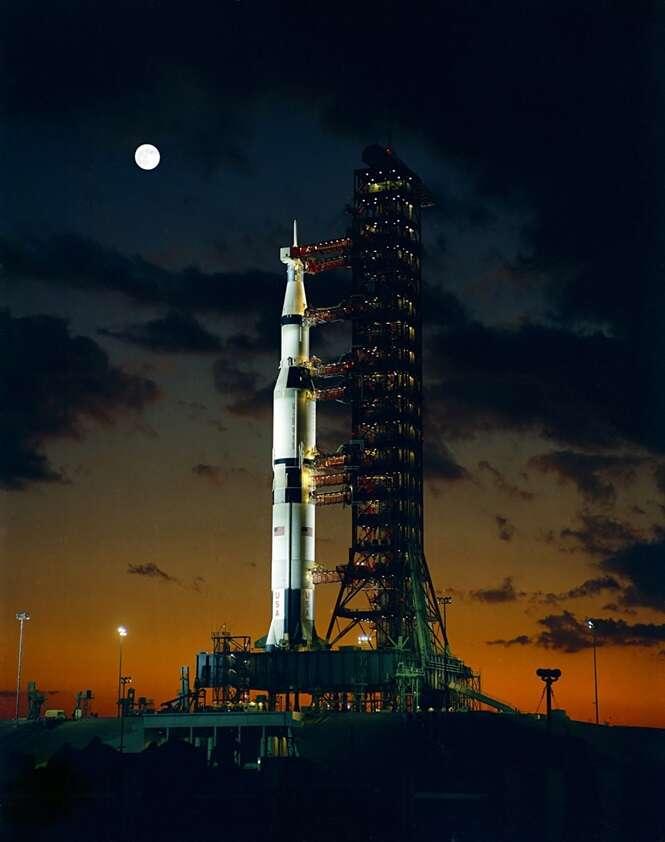 O foguete da missão Apollo 4, antes de ser lançado em 1967 Foto: MegaCurioso