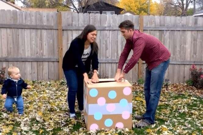Casal faz festa para saber qual o sexo de seu bebê, mas é surpreendido