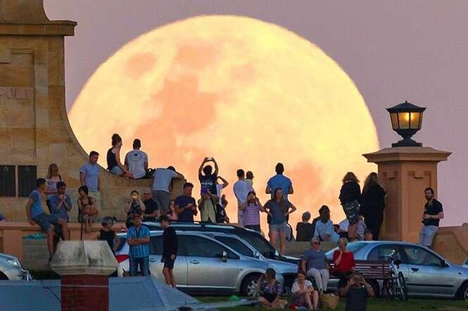 Fotos incríveis da Superlua tiradas ao redor do mundo