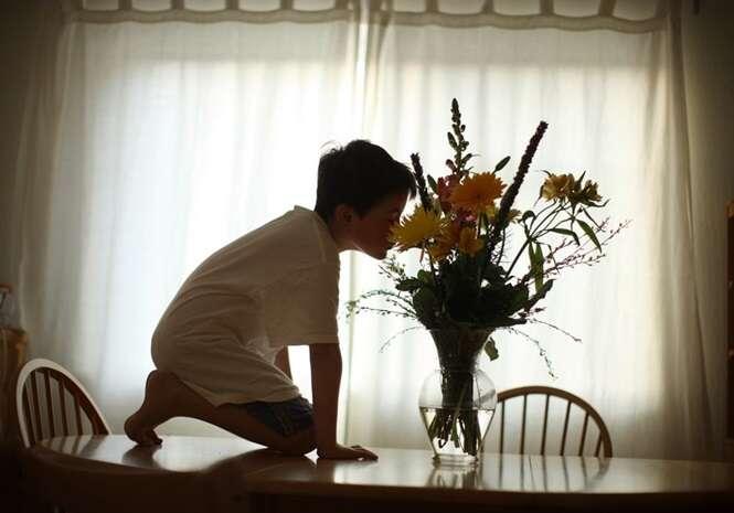 Pai amoroso registra hábitos de seu filho autista e muda sua vida