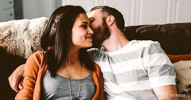Para este homem, ser casado não significa viver sempre ao lado da mesma mulher