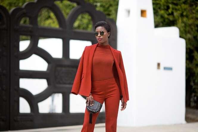 Modelo negra recria famosas campanhas para destacar a falta de diversidade na indústria da moda