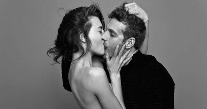 Belas fotos de pessoas se beijando apaixonadamente