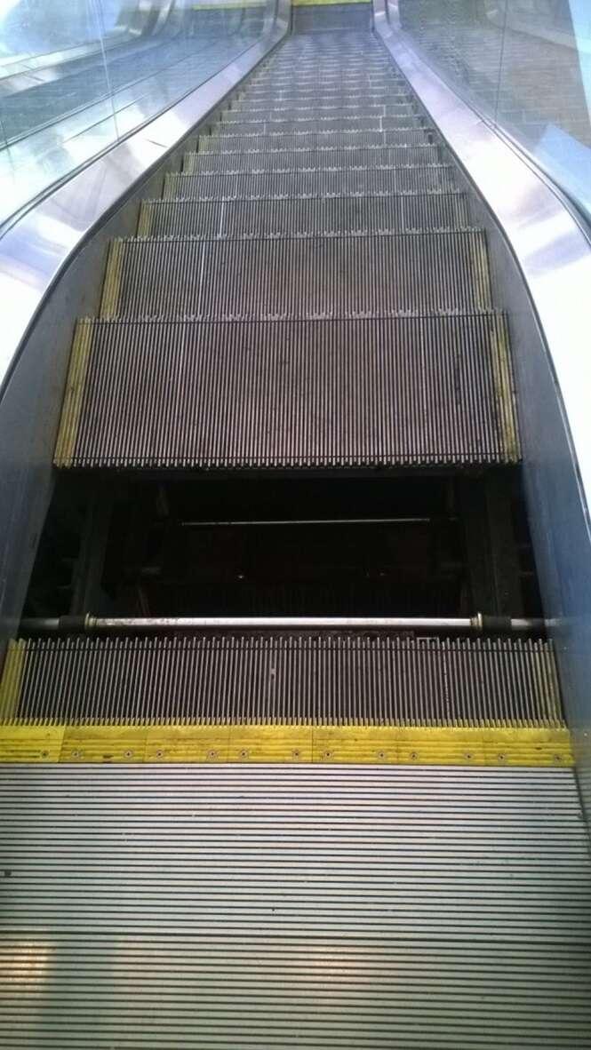 Imagens que vão causar desconforto em quem não gosta de escada rolante