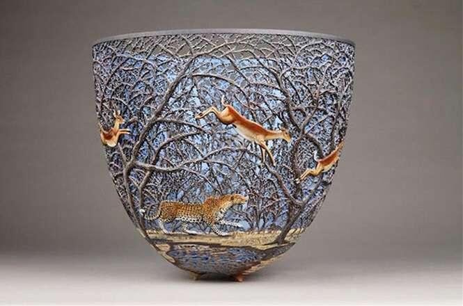 Vasos inspirados na natureza feitos por artista queniano