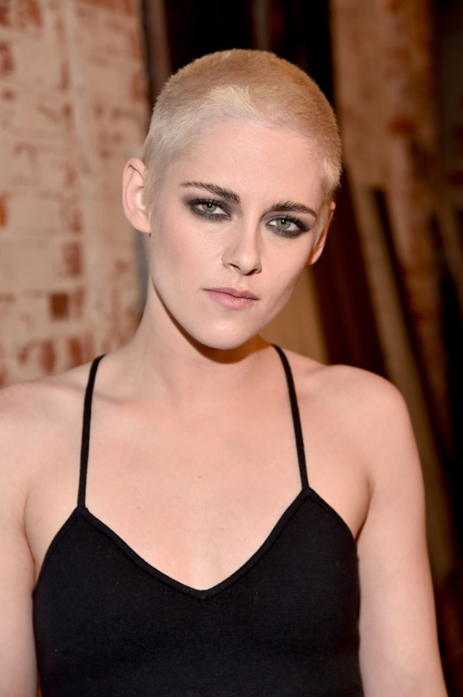 Fotos do novo visual da atriz Kristen Stewart