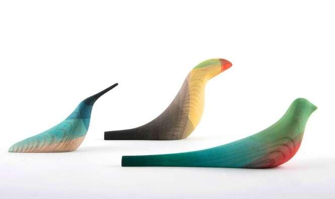 Artista mexicano utiliza aquarela e madeira para criar réplicas de pássaros locais