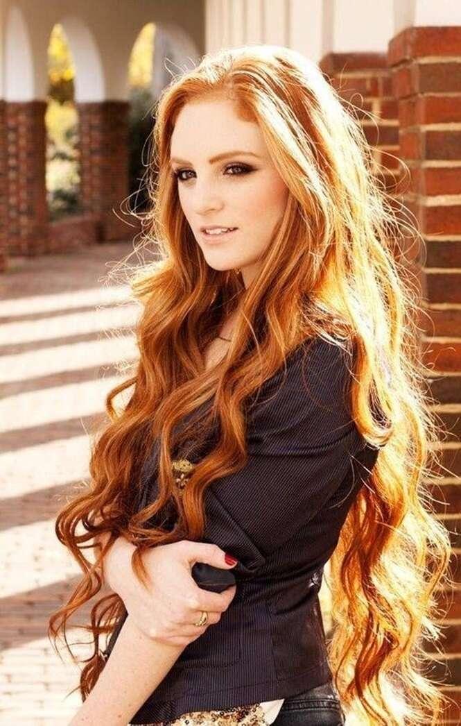 Mulheres que vão inspirá-la a deixar seus cabelos super longos