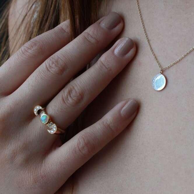 Lindos e delicados anéis de noivado
