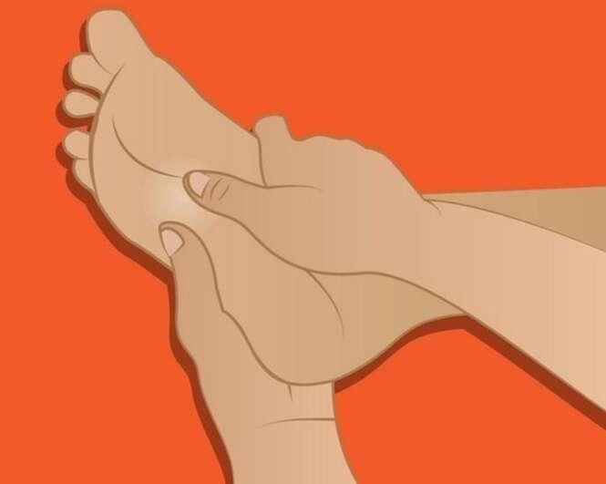Exercícios que podem ajudar a aliviar a dor nos pés, quadris e joelhos em questão de minutos