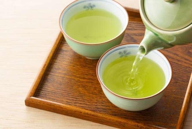 O chá que acaba com o catarro nos pulmões e luta contra a alergia e a asma