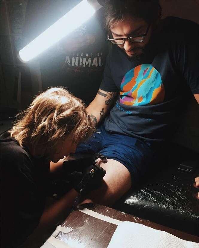 Este tatuador de 12 anos é sensacional, e seus desenhos falam por ele