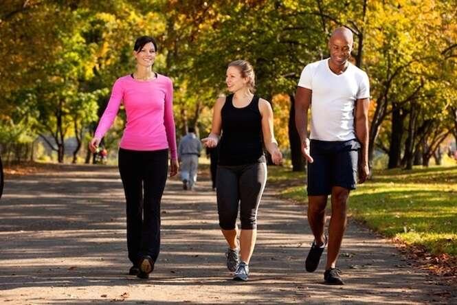 Dicas e informações valiosas para emagrecer até 2 quilos por semana fazendo caminhada