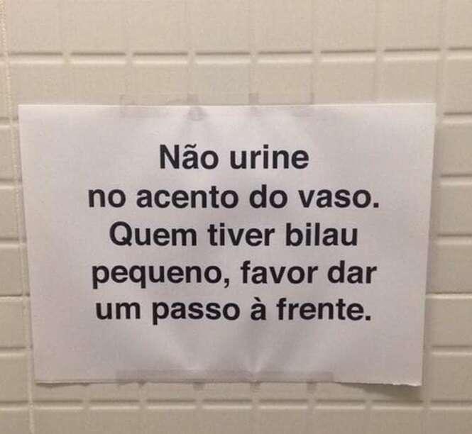 Avisos que você só poderia ver em banheiros brasileiros