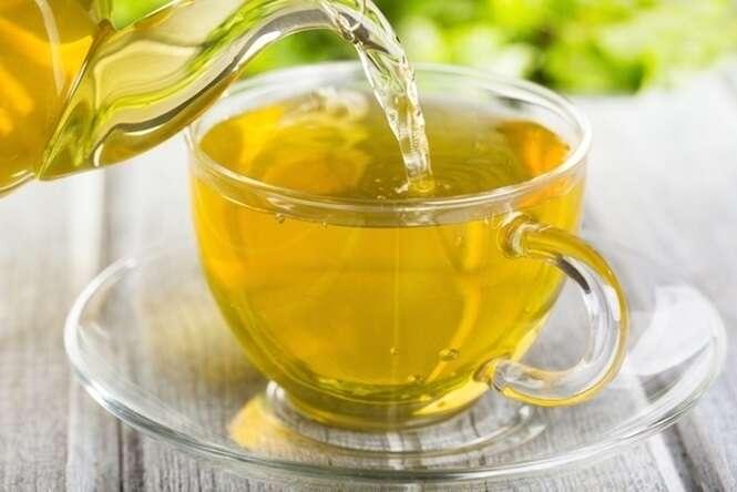 Uma bebida que previne, trata e cura várias doenças: saiba de vários benefícios que o chá de arruda tem